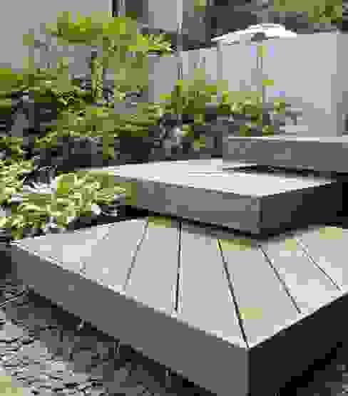 Wood Deck Platform Steps Taman Modern Oleh Katherine Roper Landscape & Garden Design Modern