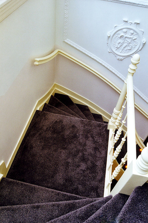 Eclectic style corridor, hallway & stairs by ABC-Idee Eclectic