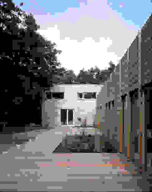 Projekty,  Domy zaprojektowane przez paul seuntjens architectuur en interieur, Nowoczesny