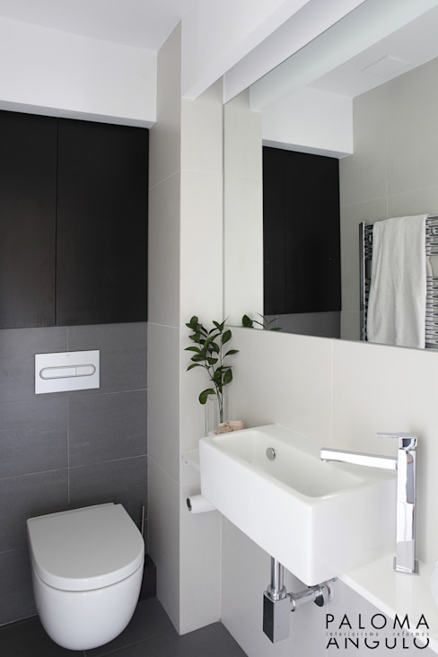 Bathroom by Interiorismo Paloma Angulo
