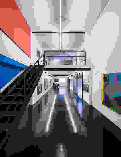 Museus modernos por MM18 Arquitetura Moderno