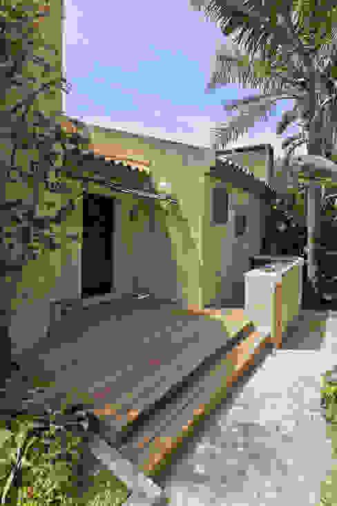 Après - La terrasse Balcon, Veranda & Terrasse modernes par Atelier RnB Moderne