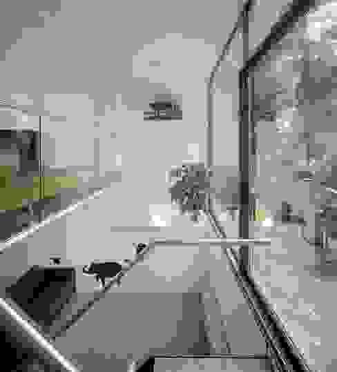Sarphatipark te Amsterdam Moderne kinderkamers van Architectenbureau Vroom Modern
