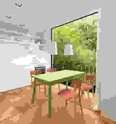 Apartment A02 モダンデザインの ダイニング の dontDIY モダン