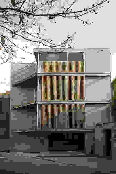 西側外観 モダンな 家 の 東章司建築研究所 モダン