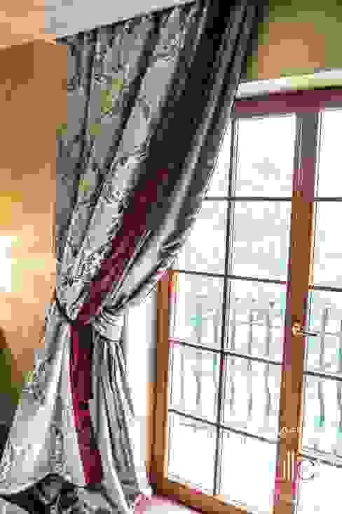 Stylowa sypialnia: styl , w kategorii  zaprojektowany przez ATELIER LILLET Karolina Lewandowska,Klasyczny
