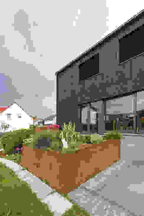 Garten homify Moderne Häuser