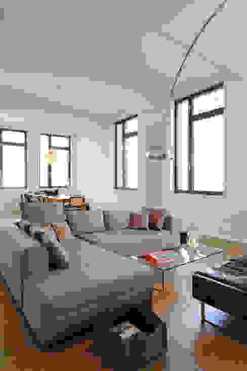 غرفة المعيشة تنفيذ SNAP Stoeppler Nachtwey Architekten BDA Stadtplaner PartGmbB, حداثي