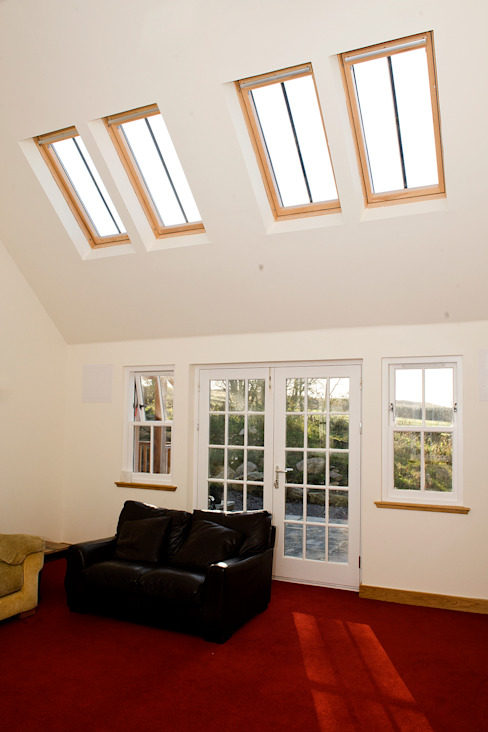 Craigentath, Blairs, Aberdeenshire 클래식스타일 창문 & 문 by Roundhouse Architecture Ltd 클래식