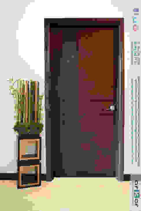 de arkar mobiliario integral Moderno