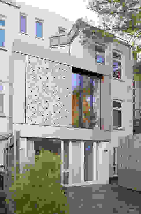 Wohnhaus A in Oldenburg Moderne Häuser von ANGELIS & PARTNER Architekten mbB Modern