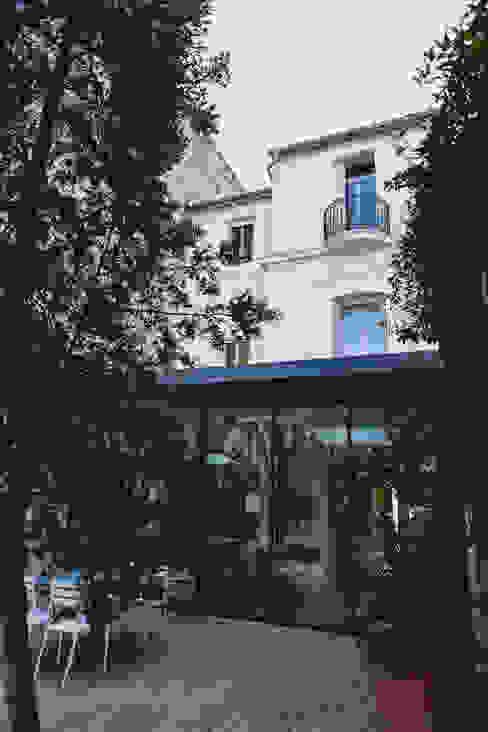 La Maison de Gilles & Nathalie Jardin d'hiver original par Maguelone Vidal Architectures Éclectique