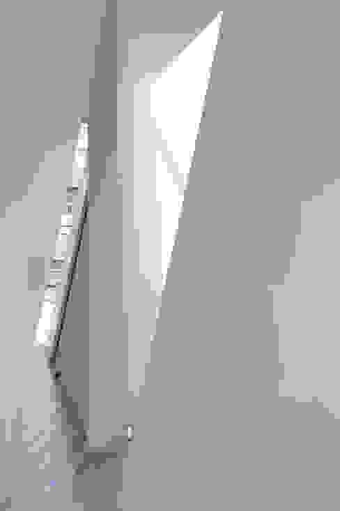 井戸健治建築研究所 / Ido, Kenji Architectural Studio의  창문