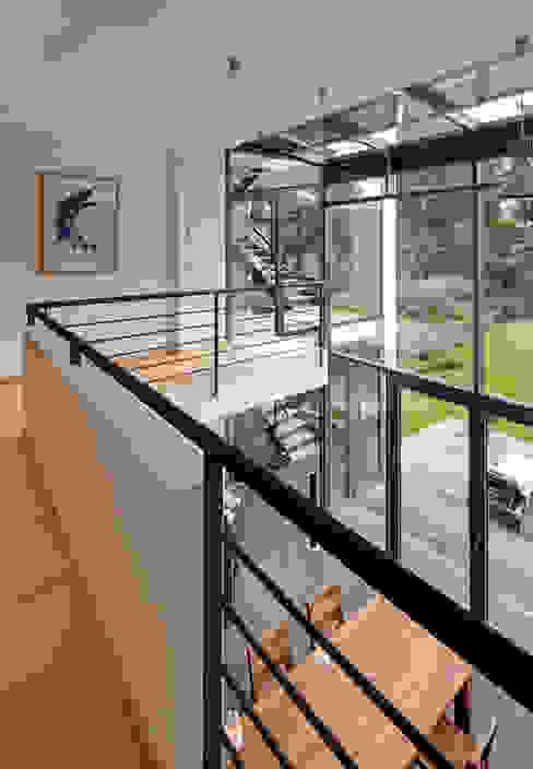 โดย Architekturbüro Lehnen โมเดิร์น