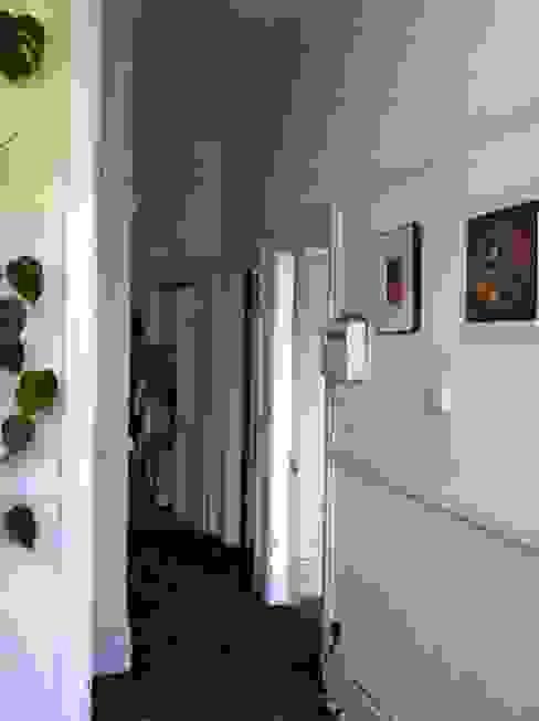 Rowan Ave Eclectische gangen, hallen & trappenhuizen van Pride Road Eclectisch