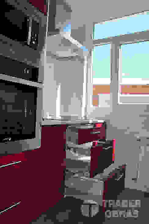 Reforma integral de vivienda por Traber Obras . Cocina. Cocinas modernas de Traber Obras Moderno