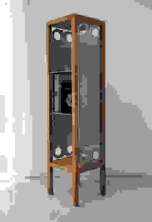 Etażerka w dębowej ramie: styl , w kategorii  zaprojektowany przez NaNowo Industrial Design,Industrialny