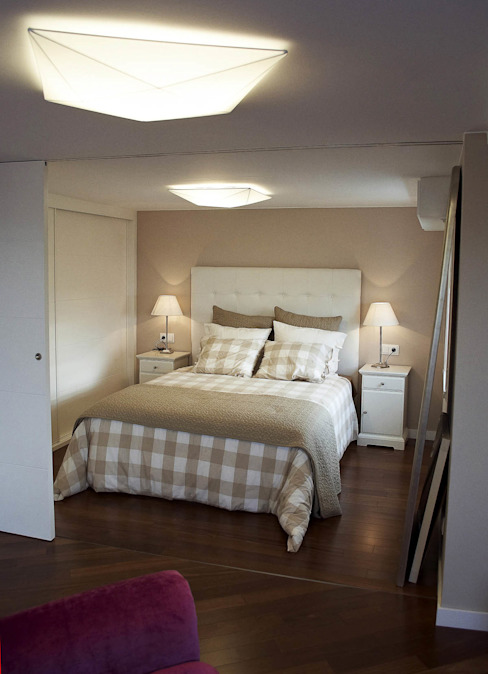 Modern Bedroom by Intra Arquitectos Modern