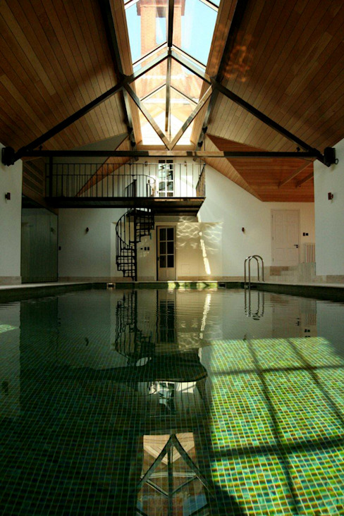 Hertfordshire Home Modern pool by Alessandro Isola Ltd Modern