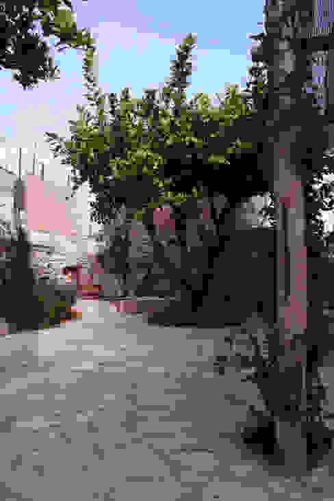 Jardines de estilo  por Durango Studio di architettura e paesaggio , Mediterráneo