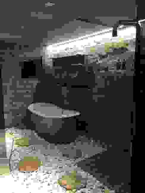 Spa Bagno in stile rustico di DF Design Rustico