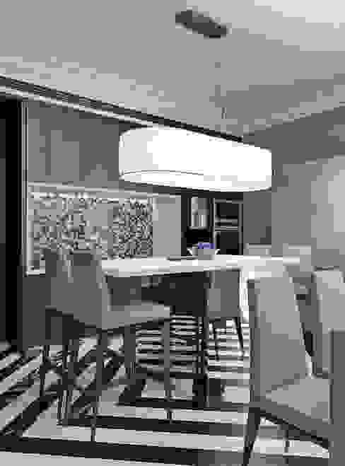 Английский квартал Кухня в классическом стиле от FEDOROVICH Interior Классический