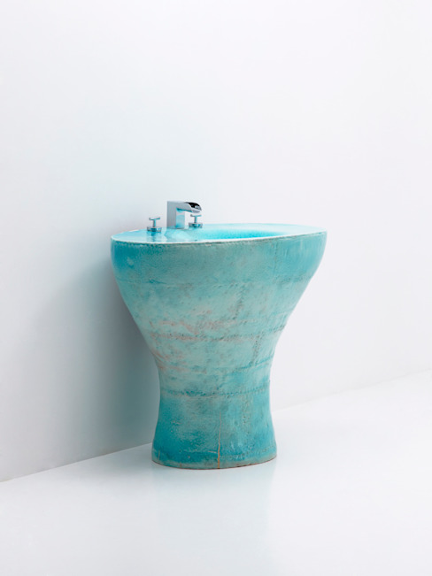 Sky blue Vanity Ceramic sink object: 이헌정의  욕실,