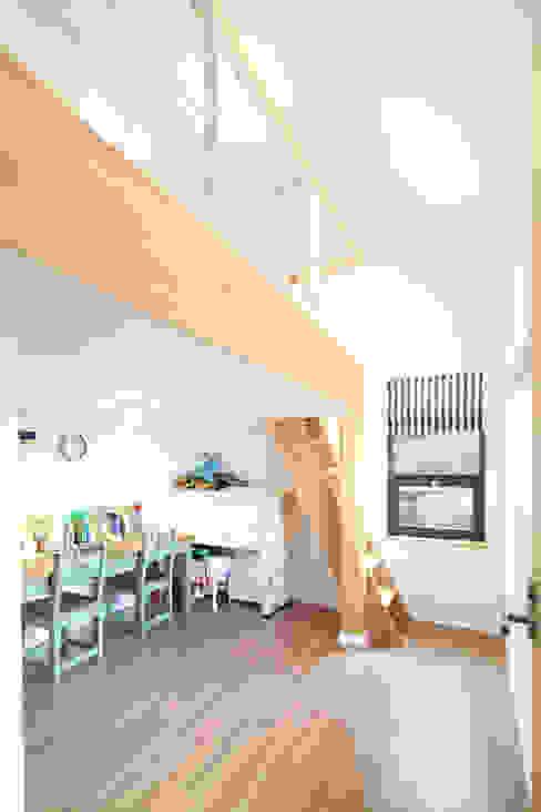 Dormitorios infantiles de estilo  por 주택설계전문 디자인그룹 홈스타일토토 , Moderno