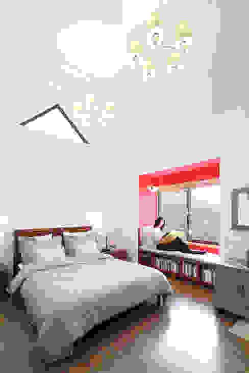 부부침실: 주택설계전문 디자인그룹 홈스타일토토의  침실,모던