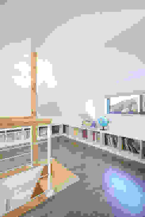 Dormitorios de estilo  por 주택설계전문 디자인그룹 홈스타일토토 , Moderno