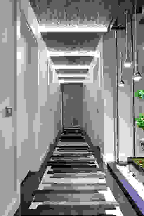Mimoza Mimarlık Pasillos, vestíbulos y escaleras modernos