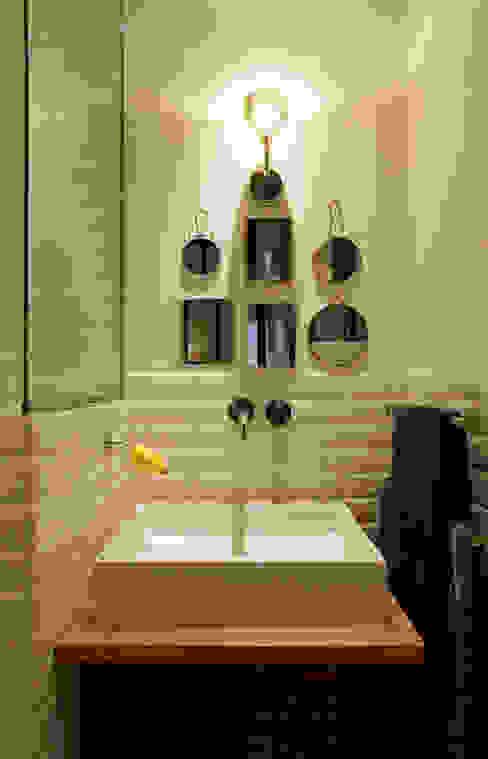 Rénovation complète d'un appartement NELSON Architecture Intérieure & Design Salle de bainDécorations