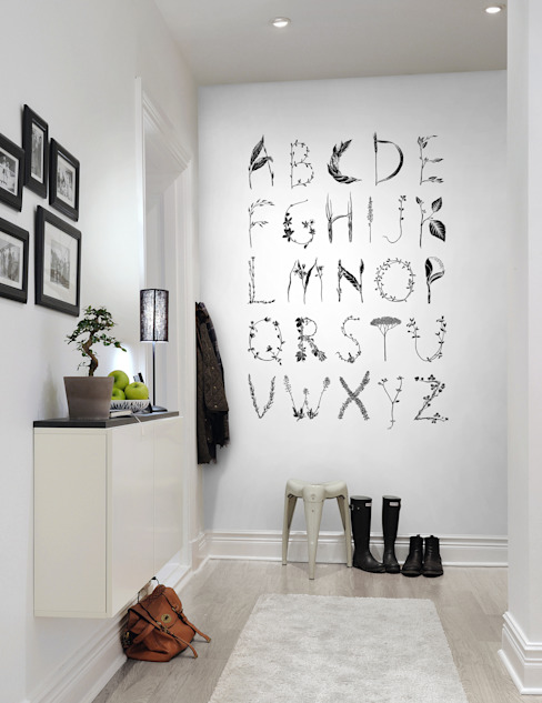 ABC for the Spelling Bee, Black Scandinavian walls & floors by homify Scandinavian