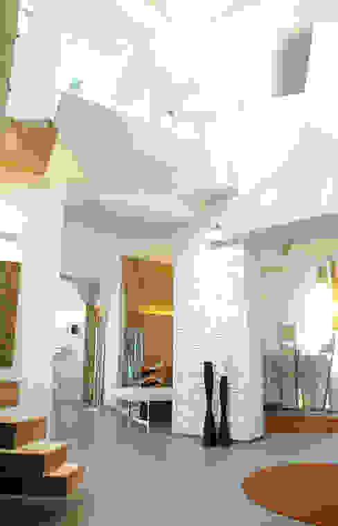 Villa Katia Soggiorno moderno di INO PIAZZA studio Moderno