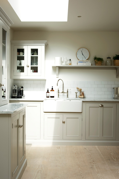 Kitchen by deVOL Kitchens,