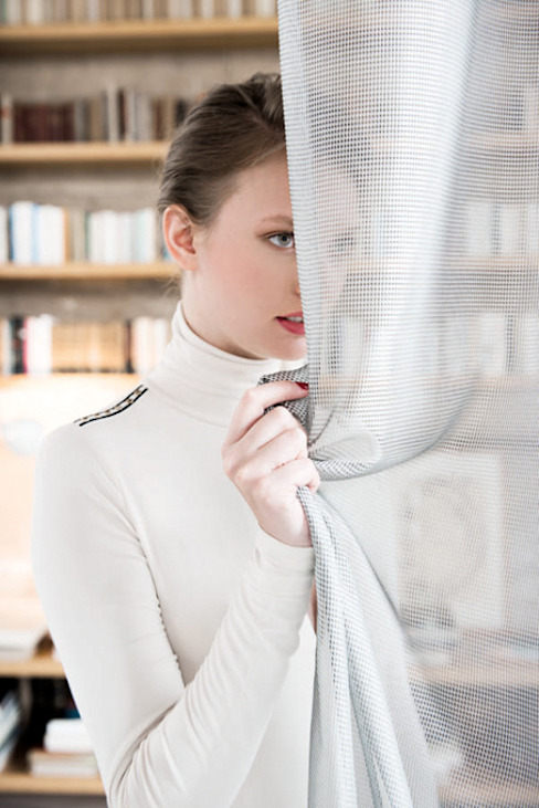 de estilo  por Indes Fuggerhaus Textil GmbH, Moderno