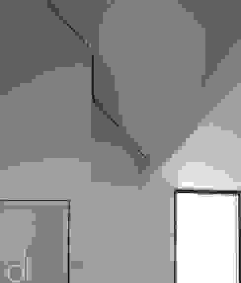 Modern Corridor, Hallway and Staircase by di architekturbüro Modern