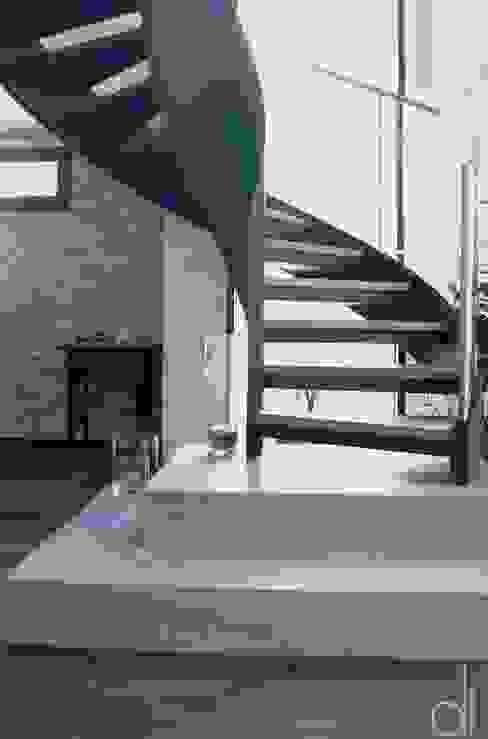 Abbruch und Neubau WOHNHAUS di architekturbüro Moderner Flur, Diele & Treppenhaus