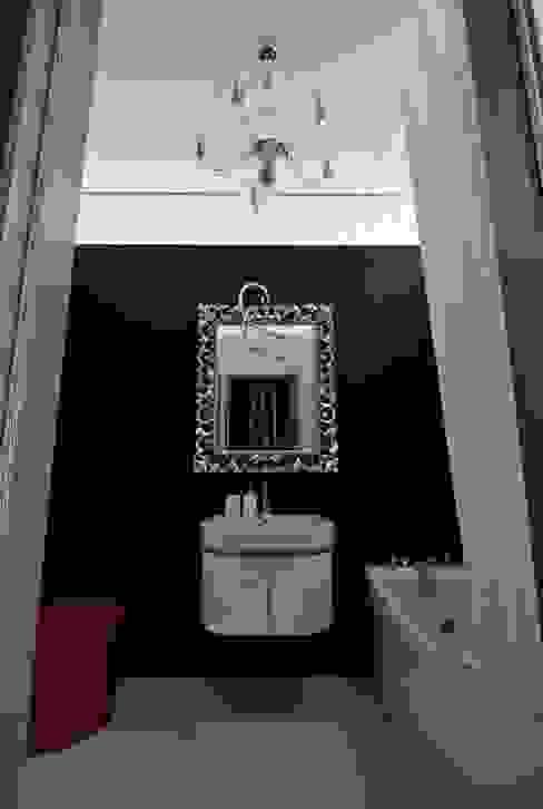 МУЗЕЙ ОДНОЙ КАРТИНЫ: Ванные комнаты в . Автор – Archibrook,