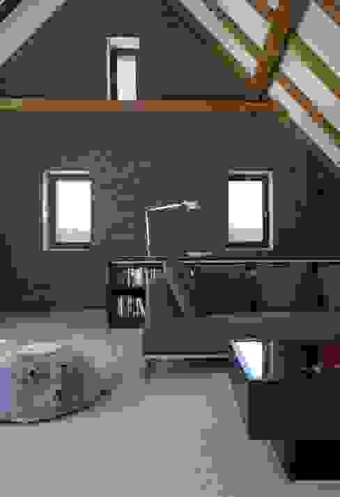 Klassieke woonkamers van Dipl.-Ing. Michael Schöllhammer, freier Architekt Klassiek