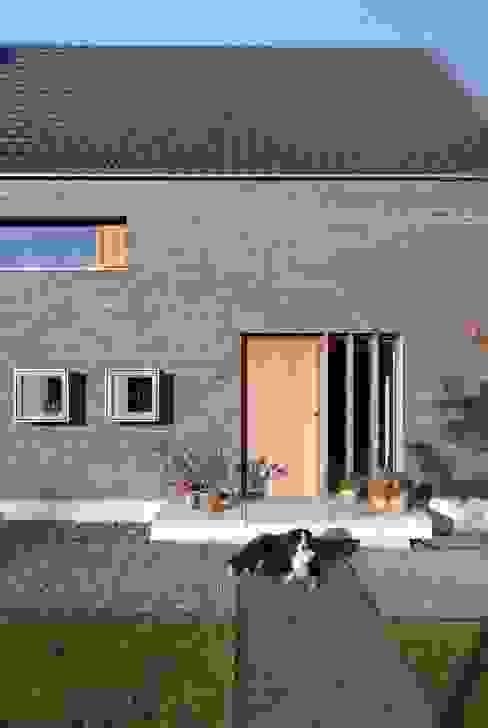 Eingang Klassische Häuser von Dipl.-Ing. Michael Schöllhammer, freier Architekt Klassisch
