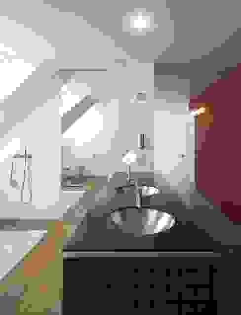 Moderne badkamers van Dipl.-Ing. Michael Schöllhammer, freier Architekt Modern