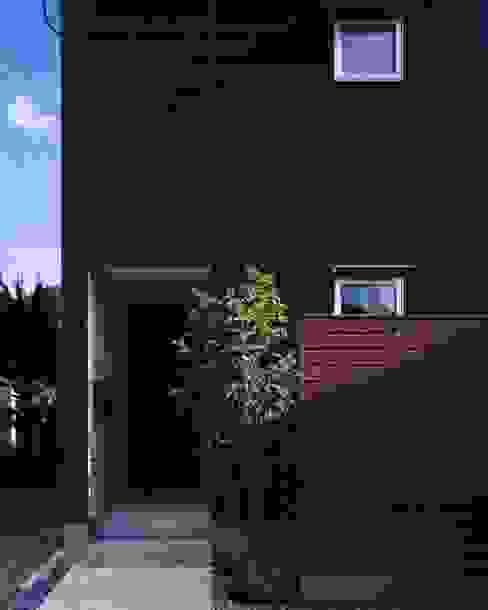 坂の南の家 モダンな 家 の 有限会社アルキプラス建築事務所 モダン
