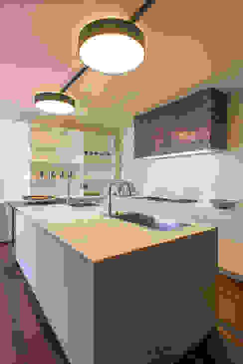 Residenza Colli Veneti Cucina moderna di Andrea Tommasi Moderno