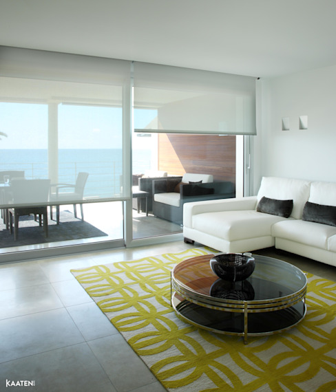 Estor enrollable salón - Kaaten Salones de estilo mediterráneo de Kaaten Mediterráneo