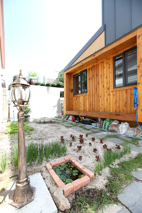 Modern style gardens by 주택설계전문 디자인그룹 홈스타일토토 Modern