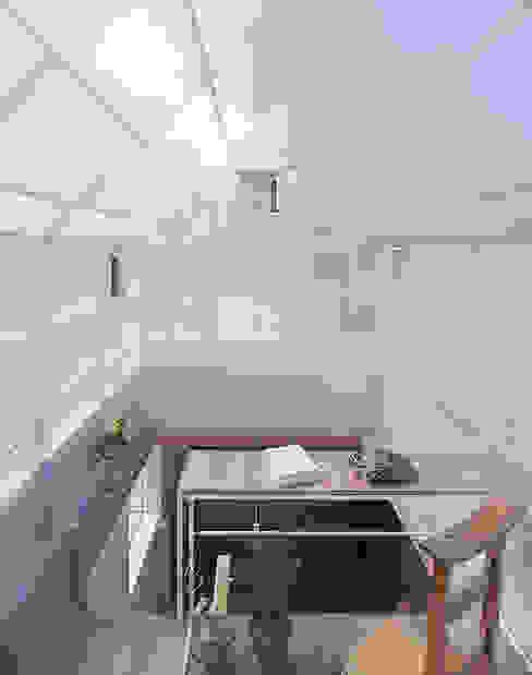 山崎町の住居 オリジナルデザインの 書斎 の 島田陽建築設計事務所/Tato Architects オリジナル