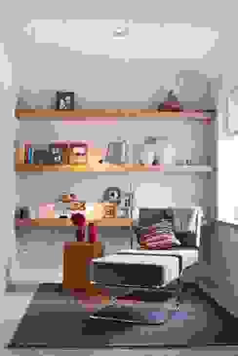 Salon moderne par SMEELE Ontwerpt & Realiseert Moderne