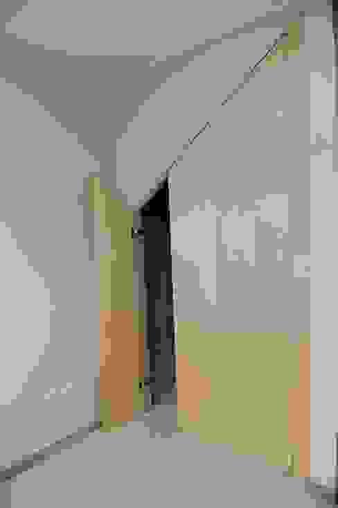 임조의 오두막 모던스타일 복도, 현관 & 계단 by AAPA건축사사무소 모던