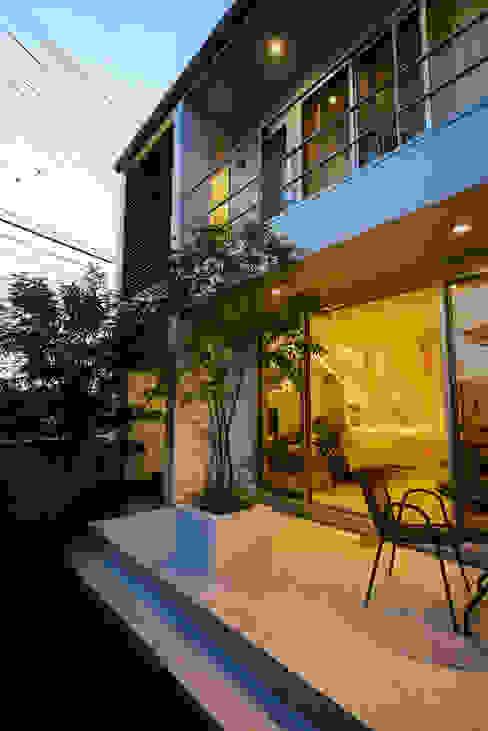 Jardines modernos: Ideas, imágenes y decoración de H建築スタジオ Moderno